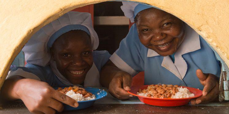 Mosambik Maputo Schulzentrum Mittagessen